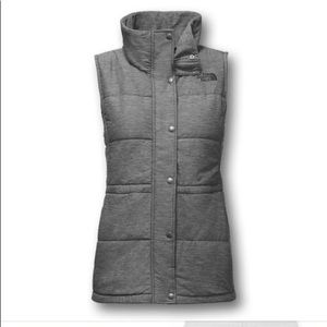 NWT the north face pseudio vest light grey Heather